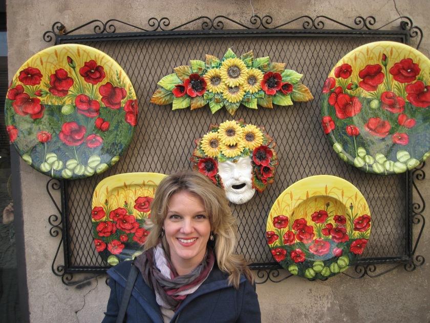 Beautiful pottery on display in Orvieto