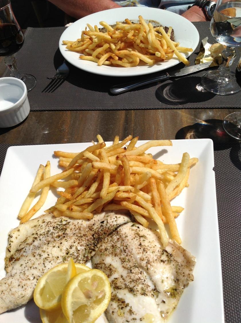 Les Poissons et Frites!