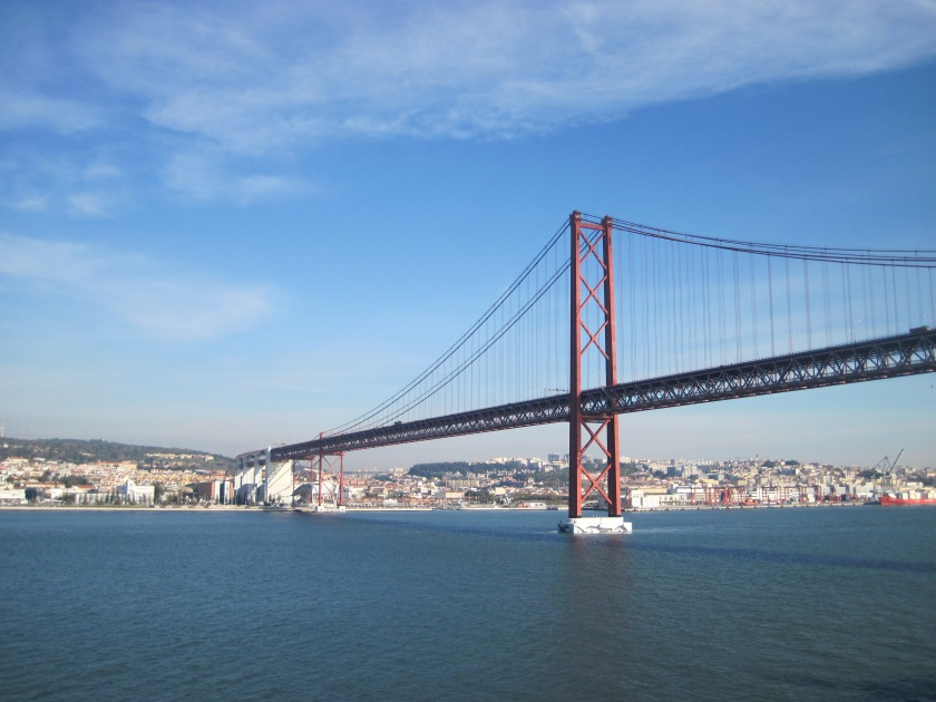 Ponte 25 de Abril bridge