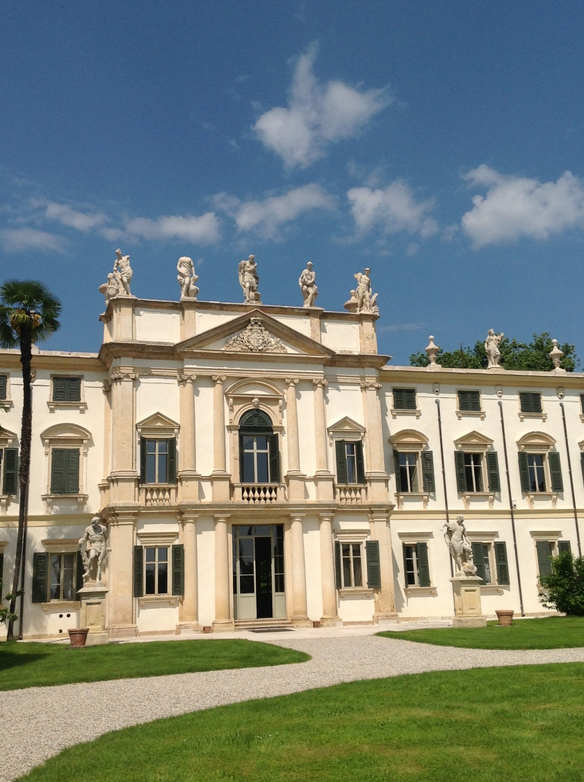 Beautiful Villa Bertani