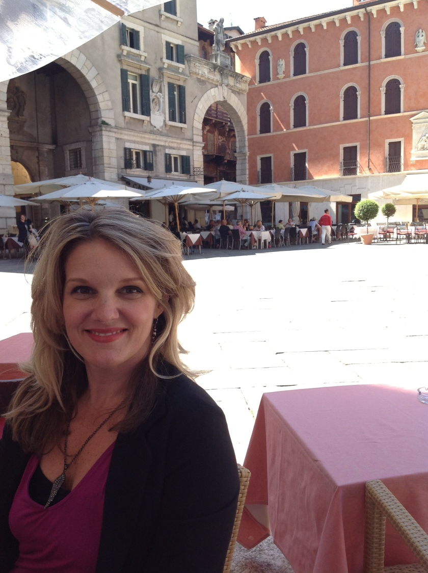 Relaxing in the Piazza Verona