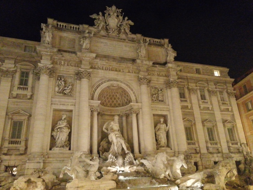 Fountain of Trevi at night.